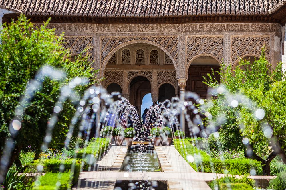 Fuentes-Alhambra-Tour-Granada